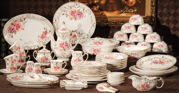 Useful Tips for Buying Dinnerware Online